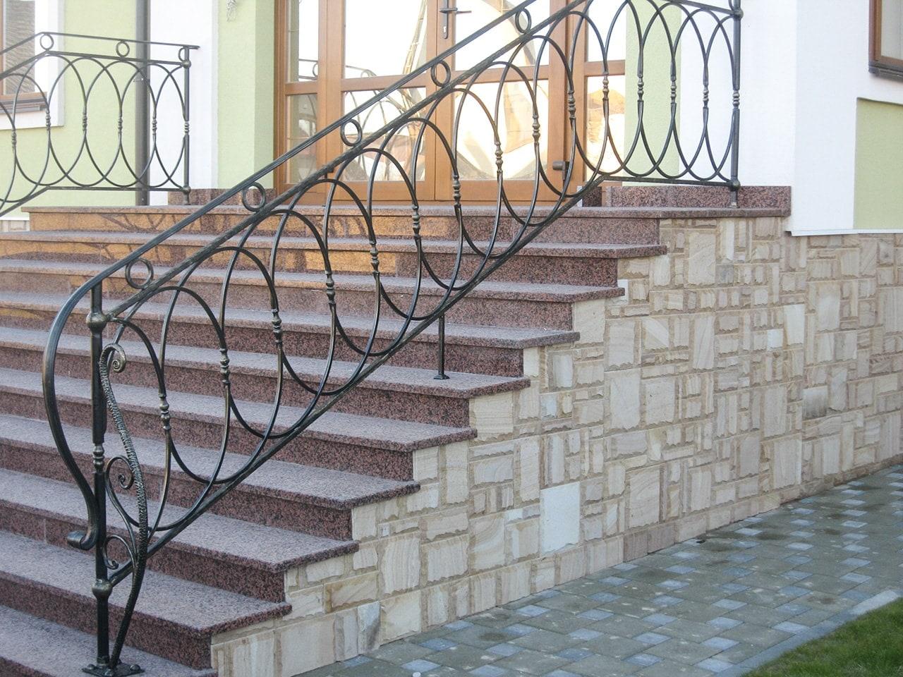 Кованые ограждения, балконы, террасы