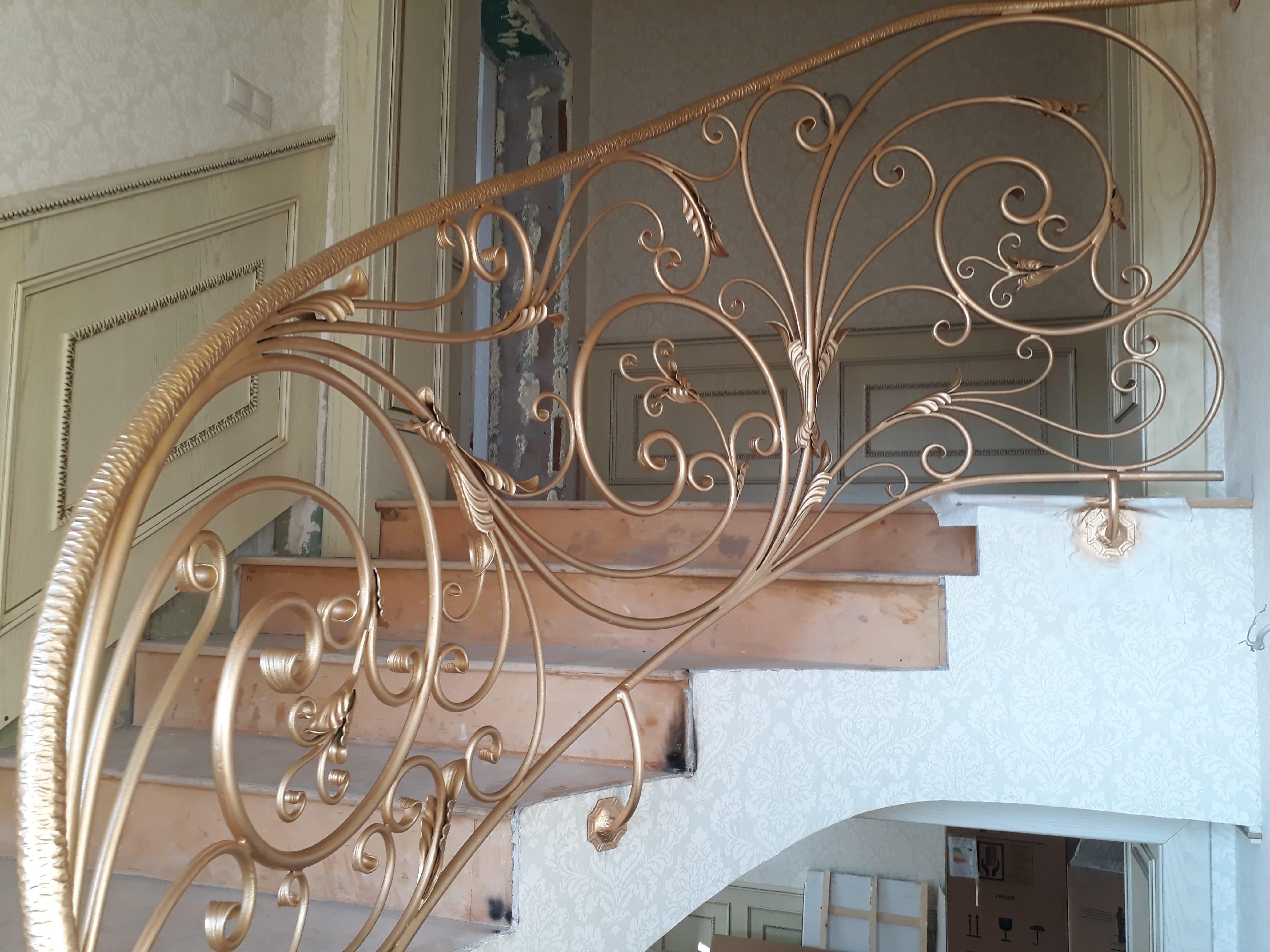 Кованые перла для лестниц