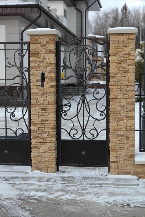 Кованые калитки для забора на заказ Москва
