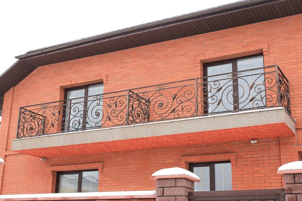 Кованые перила на балкон недорого в Москве