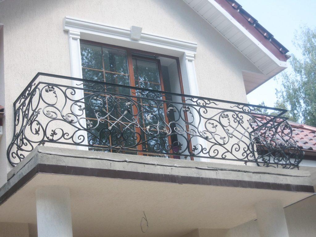 Кованые перила на балкон заказать