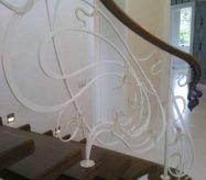 Кованные перила в стиле модерн